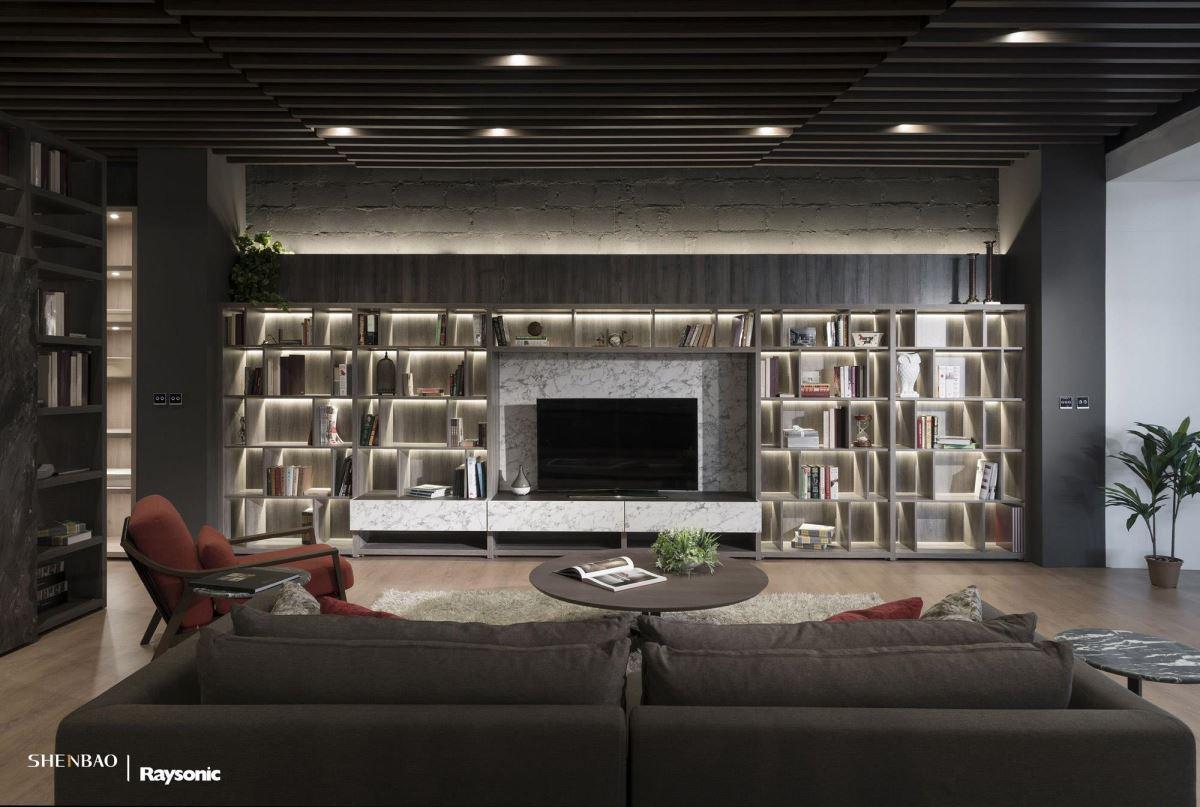 走進伸保全球分店 體驗系統家具的...