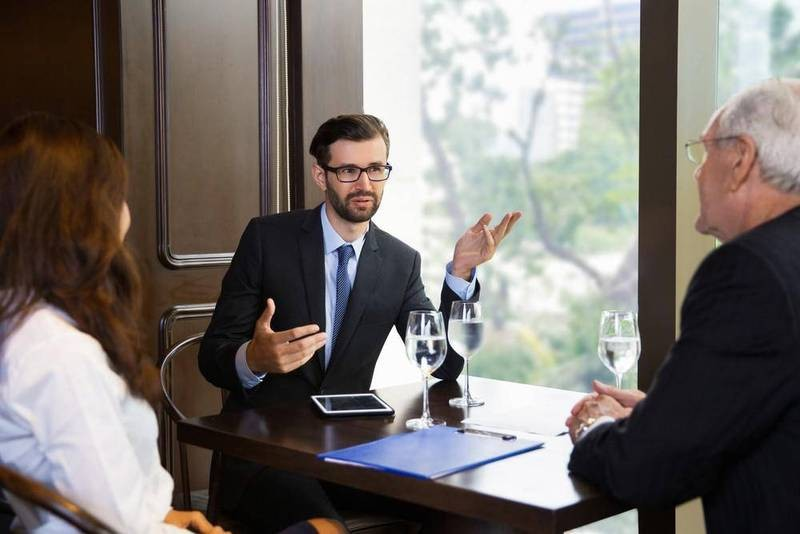 業績前10%的銷售員,話講得最少...