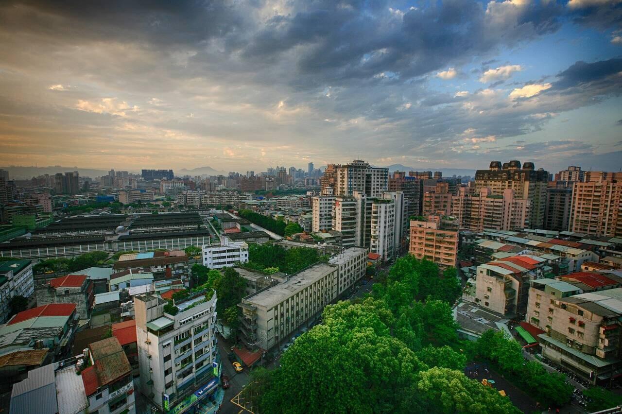 樂屋網分享房屋種類有公寓華廈透天厝電梯大樓這四種