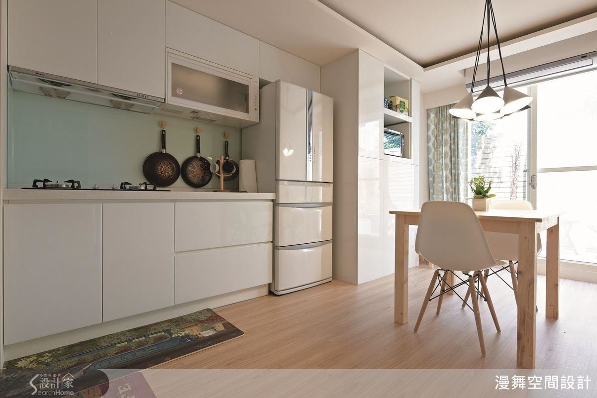 開放式廚房如何規劃?設計師的「...