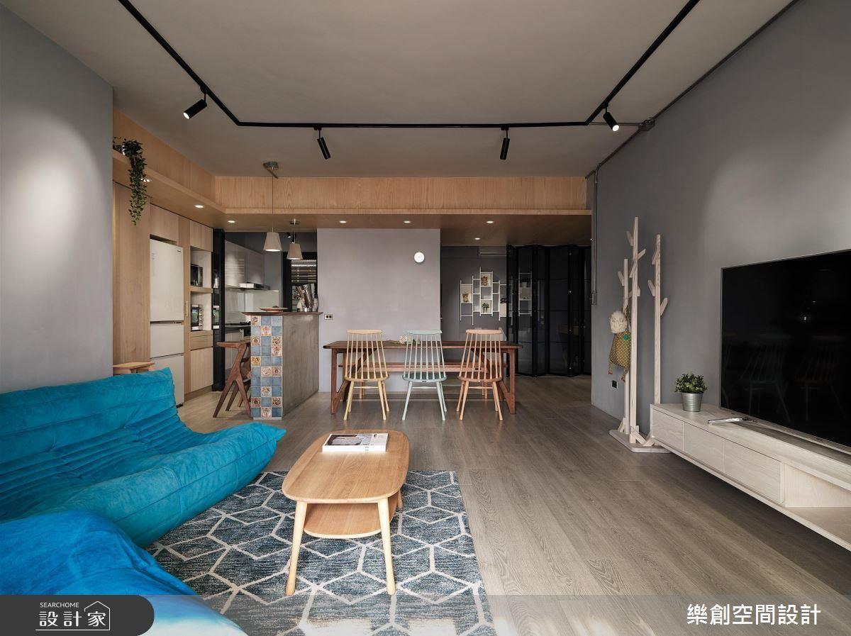 復古又現代,灰藍沉靜的暖感老屋