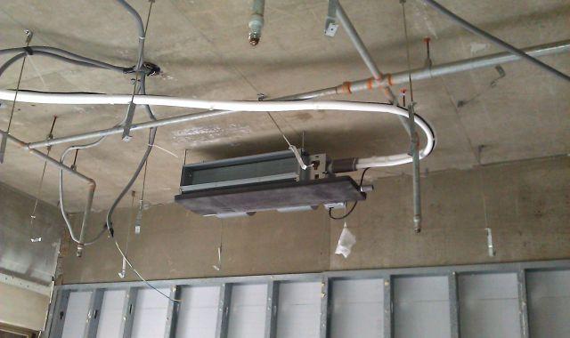 吊隱式空調